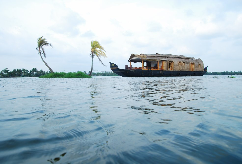 Alleppey Houseboat Side View