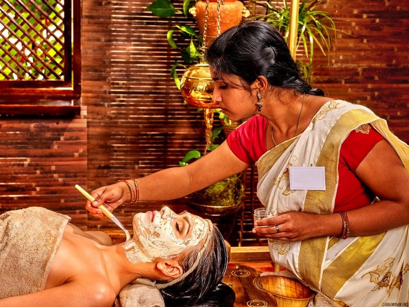 RASAYANA – Rejuvenation Alleppey Boathouse Package